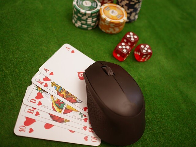 can you make money playing online poker featured image